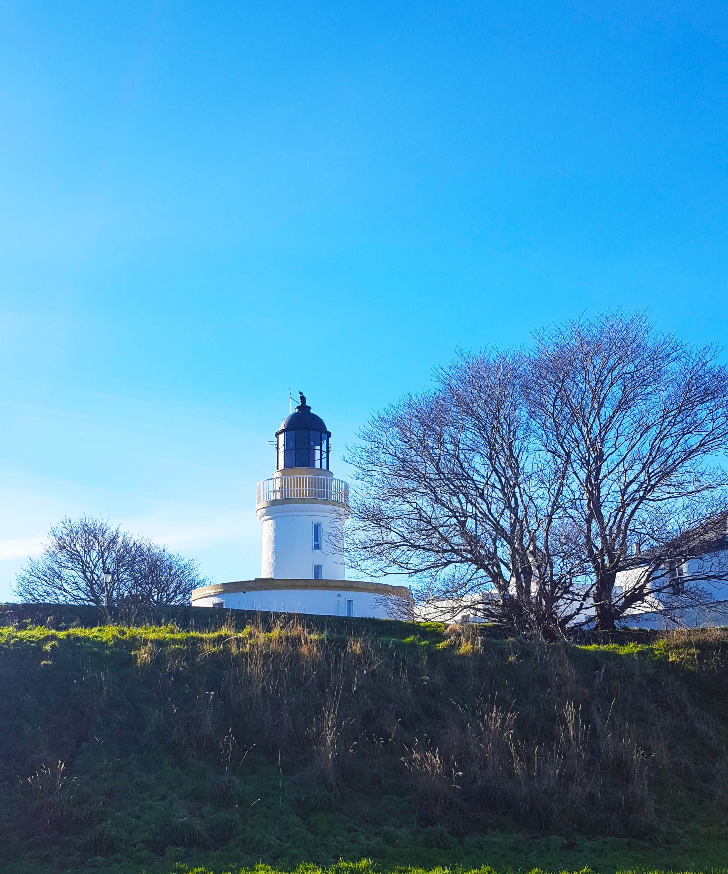 Cromarty lighthouse on a sunny day.
